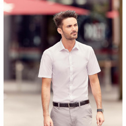 Russell Men´s Short-Sleeved Ultimate Stretch Shirt