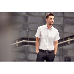 Russell Men´s Short-Sleeved Herringbone Shirt